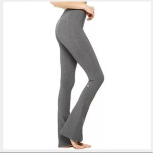 Alo Yoga fit and flare yoga pants size large